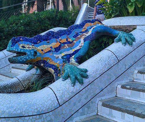 Gaudí sunset guided tour