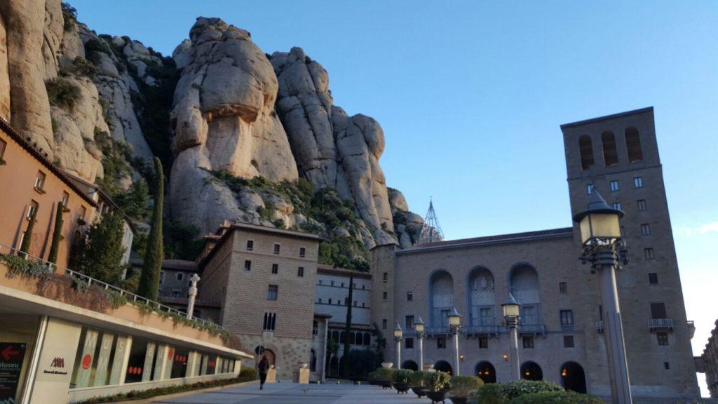 Montserrat - A montanha sagrada dos catalães